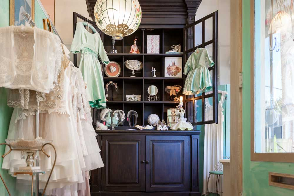 Seattles Favorite Vintage Indie Fashion Boutique Pretty Parlor