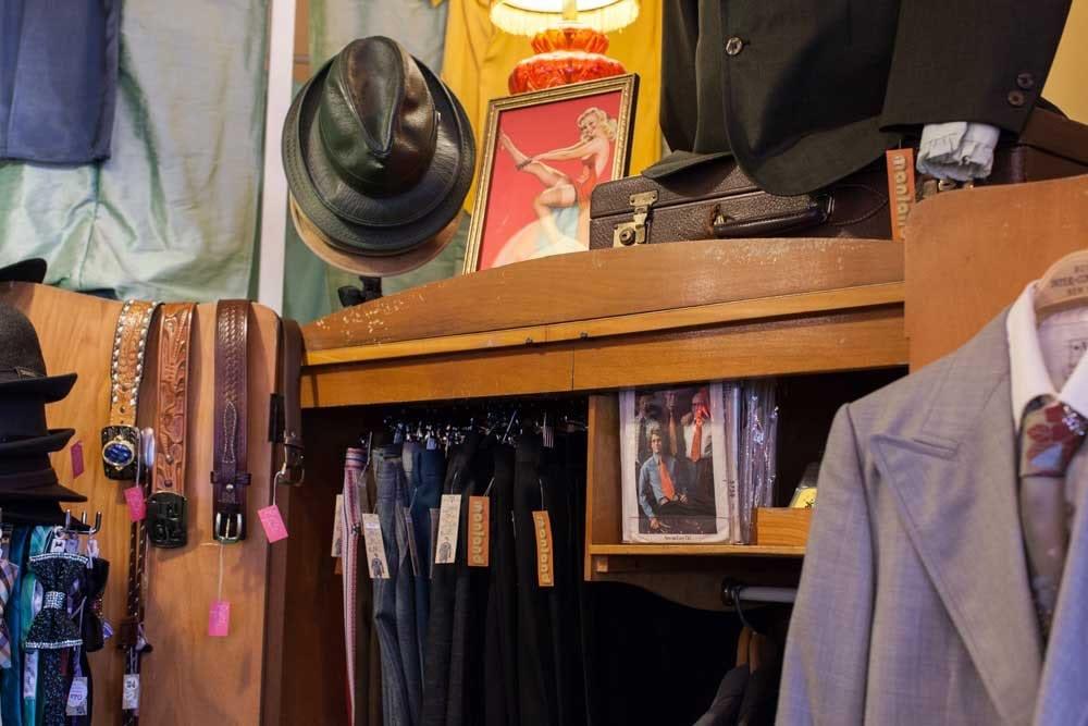 Mens-Vintage-Clothing-3